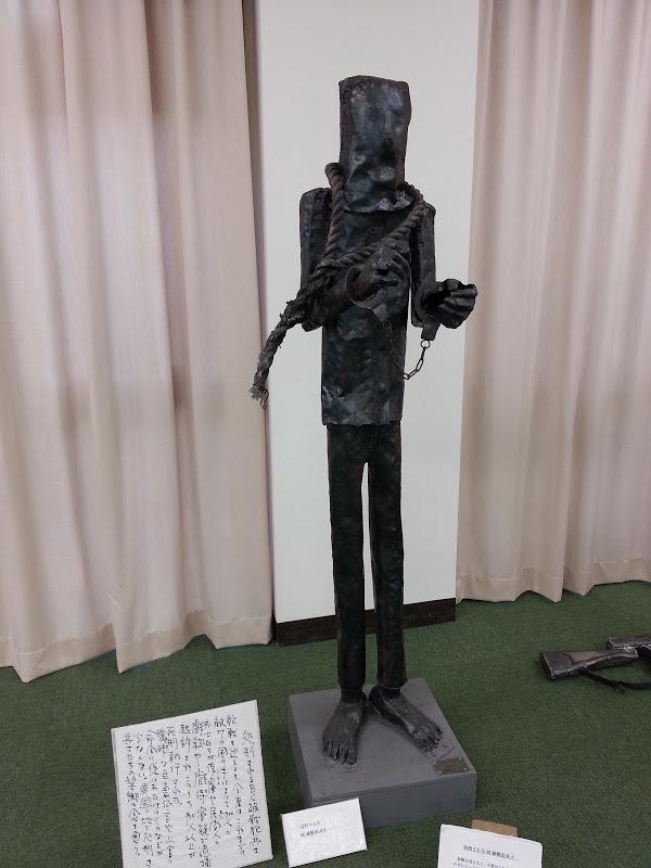 武田美通「戦死者たちのメッセージ」展。「処刑されるBC級戦犯」2013年